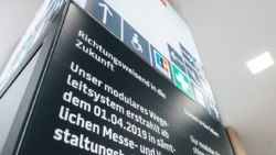 Messe Dortmund expands its infrastructure with innovative multi-function columns and relies on kompas digital signage in the process